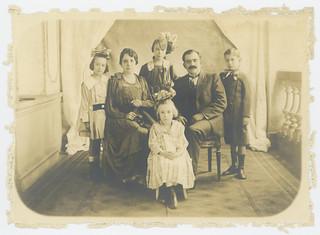 Familia del Gral. Pablo Gonzalez de la Garza.