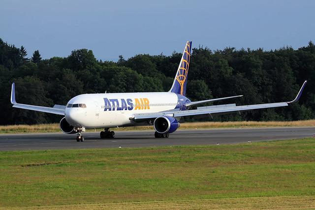 Atlas Air  Boeing 767-324(ER) N645GT