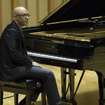 The Billy Childs All-Star Quartet at Zipper Concert Hall, Saturday, February 14, 2015. Photos reproduced by Bob Barry's kind permission.