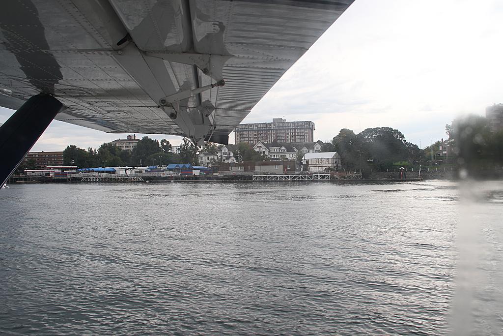 HarbourairDHC3-C-FHAX-33