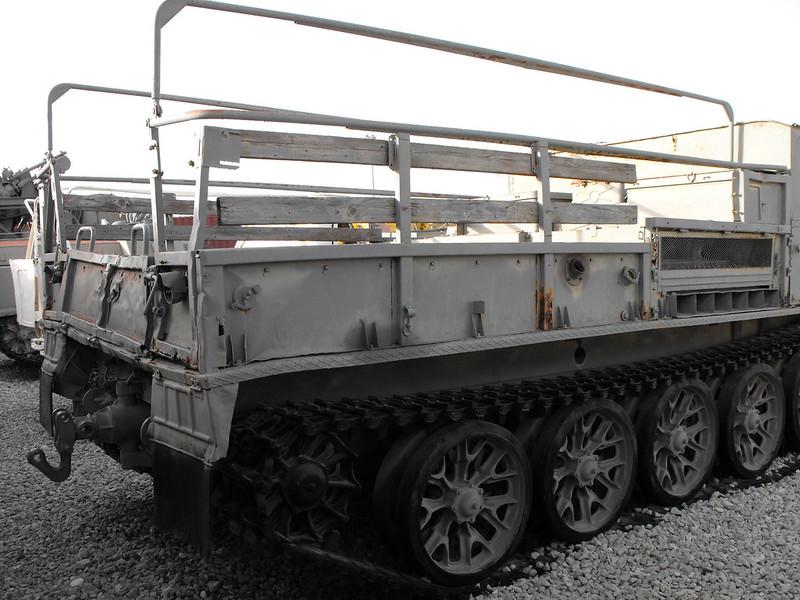 ATS-59G Dělostřelecký Traktor 3