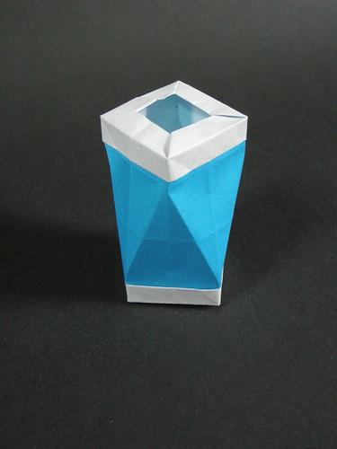 Square antiprism bin   by Mélisande*