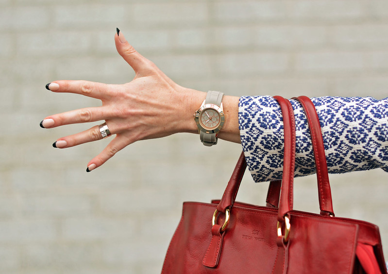 Nude/black manicure, red tote bag | Not Dressed As Lamb