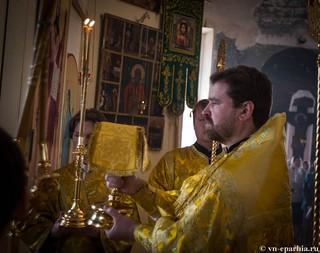 Литургия в Ильинском соборе 410