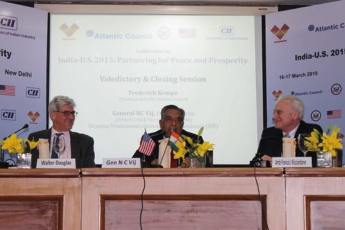 Walter Douglas, Minister Counselor, US Embassy New Delhi; Gen. NC Vij, Director General, Vivekananda International Foundation; Amb Francis Ricciardone provide closing remarks at the conference
