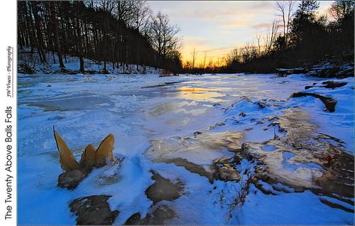 winter ice waterfall nikon gimp niagara jordan opensource niagaraescarpment ballsfalls nikkor1224mm thetwenty twentymilecreek d7100 rawtherapee frozensunset
