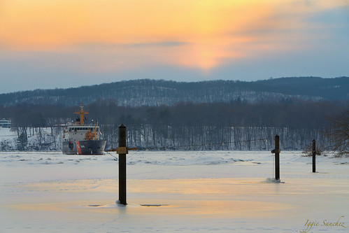 trees winter light sunset coastguard snow newyork ice river frozen ship upstate hudsonriver hydepark hils