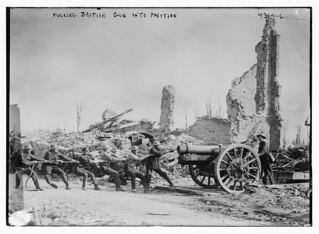 Pulling British gun into position (LOC)