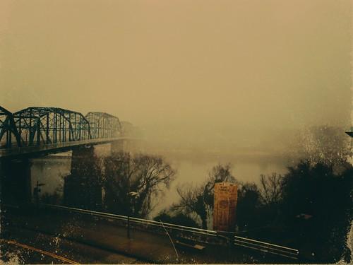 mist chattanooga fog flickr tn cloudy tennessee retro rainy northshore walnutstreetbridge tennesseeriver coolidgepark bluffviewartdistrict moodiness vintagestyletreatment bluffviewfurnace