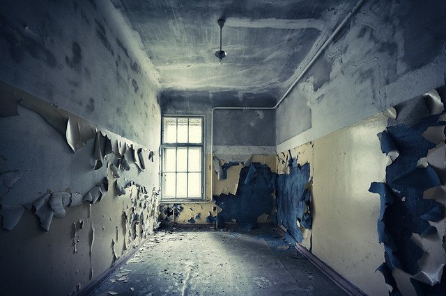 Spalling Wall Paint