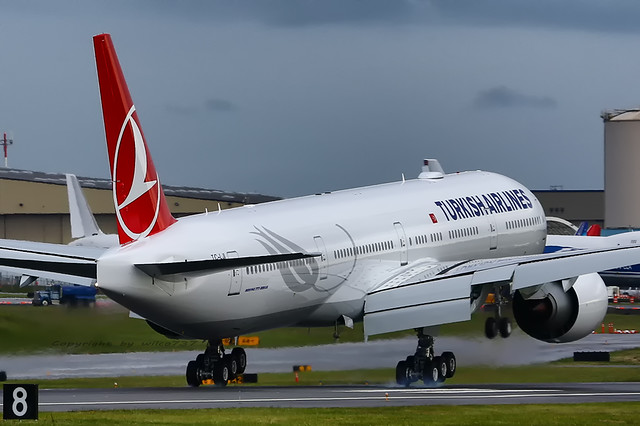 Turkish Airlines Boeing 777-300ER touching down at PAE (TC-LJI)