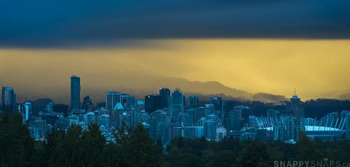 sunset rain vancouver bc cloudy queenelizabethpark qepark blodelconservatory