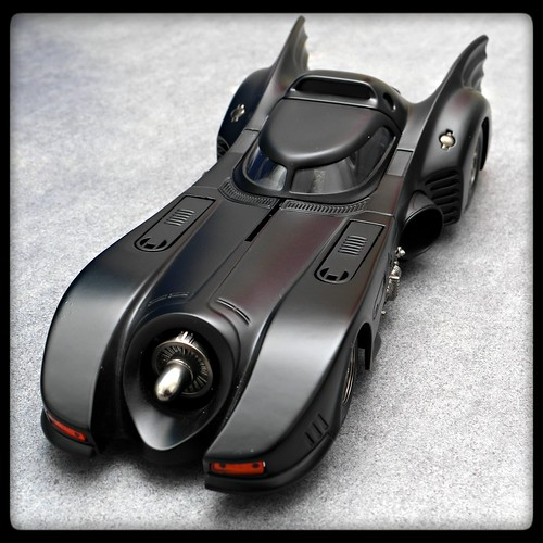 Hot wheels Batmobile 1989 1/18 | by Güven Gül
