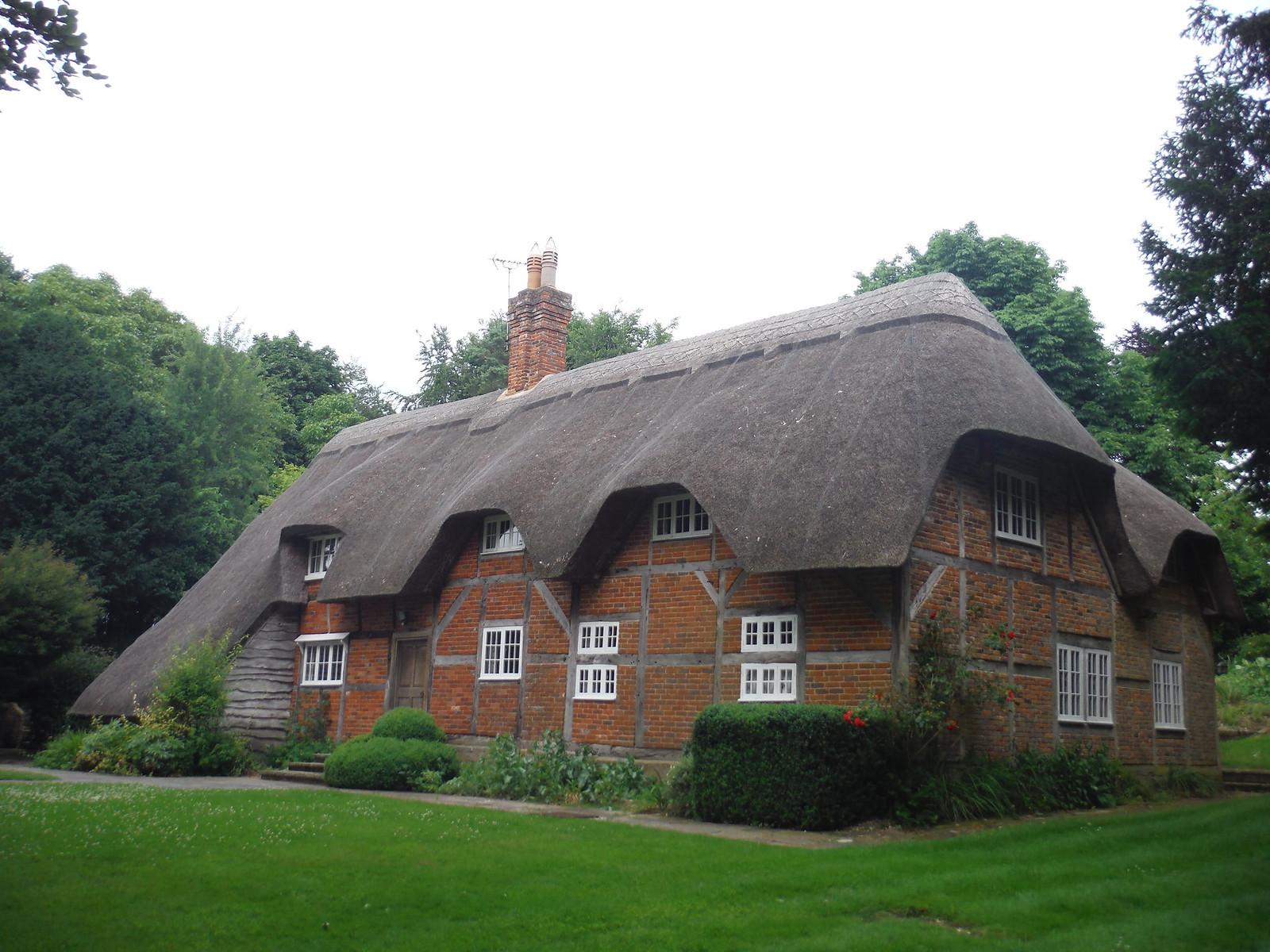 House in Michelmersh SWC Walk 265 - Dean to Mottisfont and Dunbridge