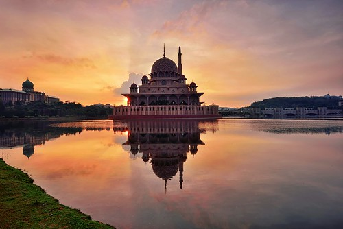 morning travel wallpaper vacation sun holiday reflection building nature architecture sunrise reflections photography landscapes asia background minaret mosque adventure malaysia putrajaya filters putramosque
