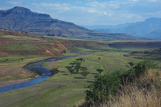 mountain valley a landscape of the drakensberg mountains kwazulunatal south africa processed in hdr