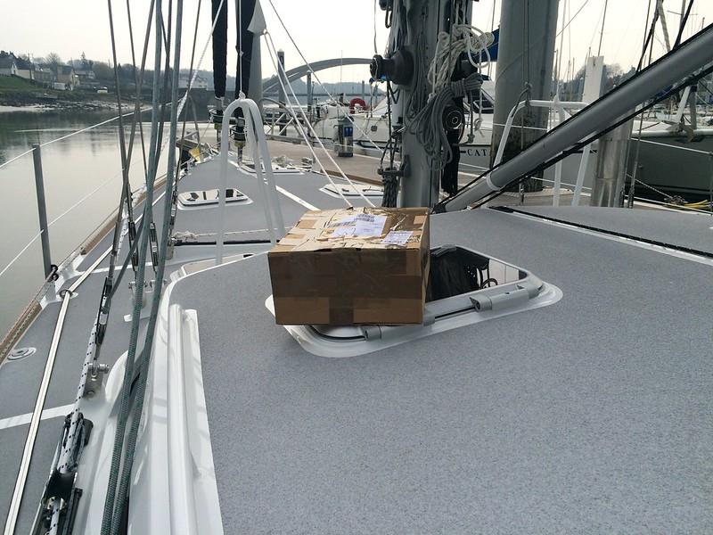 Paket auf dem Schiff
