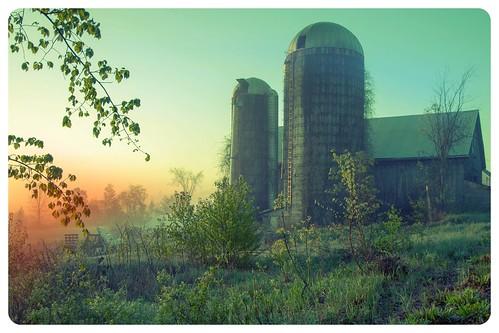 boscawen farm silo nh sunrise spring fog fotor smartphone app