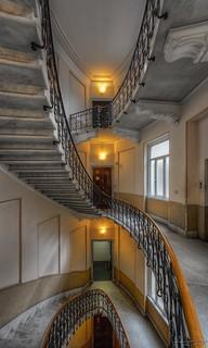 Moebius staircase 2014-06-23 183500