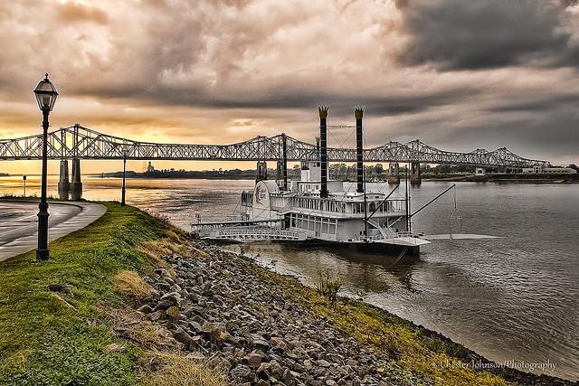 Along the Mississippi at Natchez