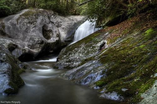 longexposure waterfall moss rocks hiking rhododendron pothole pisgahnationalforest westernnorthcarolina averycounty waterfallphotography davidhopkinsphotography bardfalls