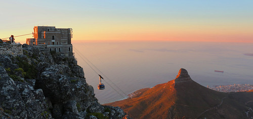 sunset cablecar tablemountain pandaonflickr