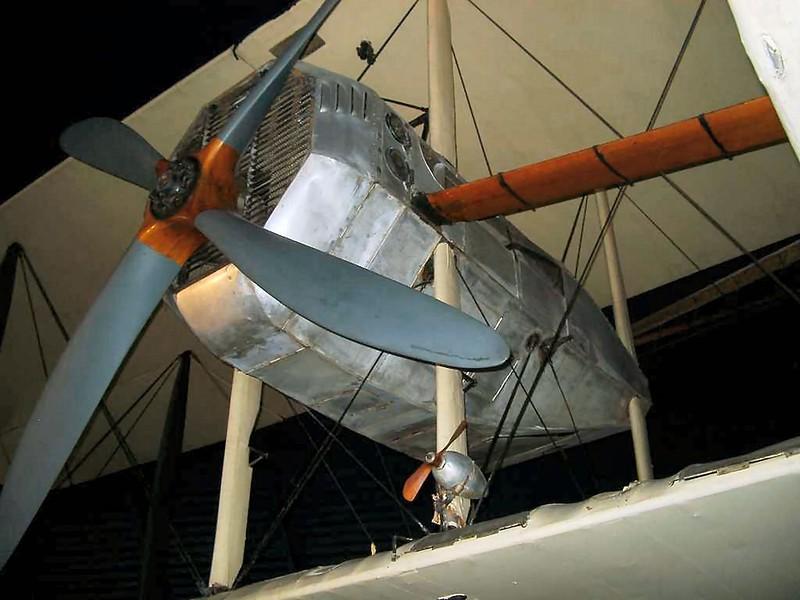 Vickers Vimy 6