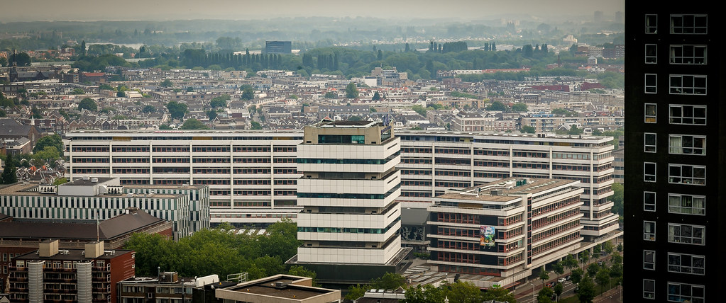 the sale of shoes hot sale hot new products Grafisch Lyceum Rotterdam (wide building in the back), and ...