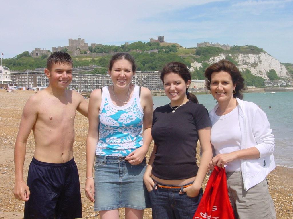2003 - 10 - Joy and family