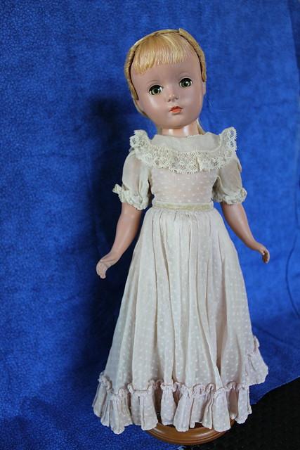 """Madame Alexander 14"""" Little Women Amy"""