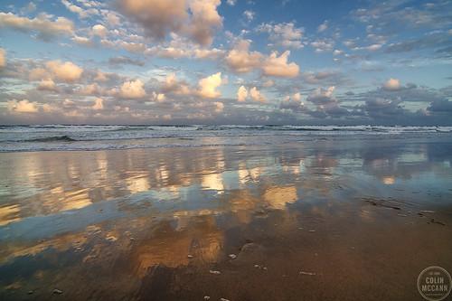sunset reflection beach clouds reflections evening dusk australia queensland surfersparadise