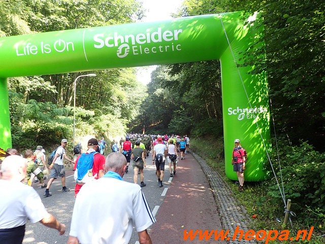 2016-07-21   3e  dag Nijmegen   40 Km  (72)