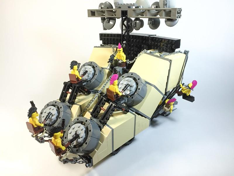 Earsplitter / Doof Wagon
