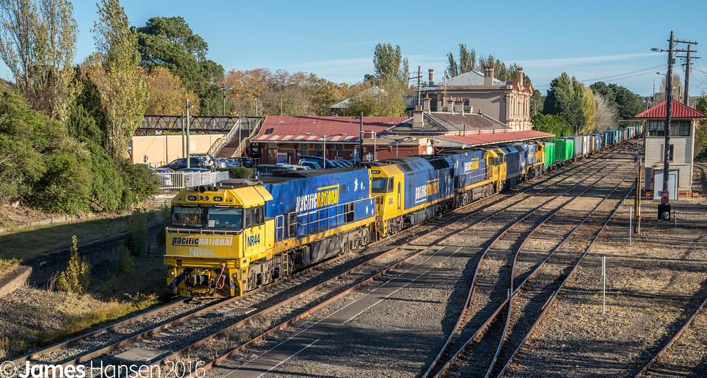 3MW2 at Moss Vale by James Hansen