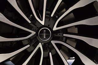 Wheel from 2017 Lincoln Continental