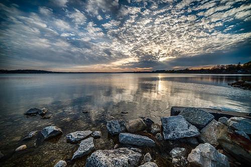 park sunset sky lake nature water wisconsin reflections village unitedstates april 2015 pewaukee pewaukeelake