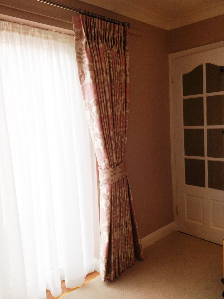 Pinch pleat full length curtains