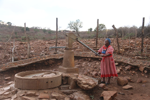 Even boreholes are drying out as a result of the prolonged drought. Thabsile Hlongwane (65) in Somtongo, Swaziland says 75 households are going without water as a result of this borehole failing.