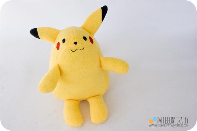 Pikachu-Smile-ImFeelinCrafty