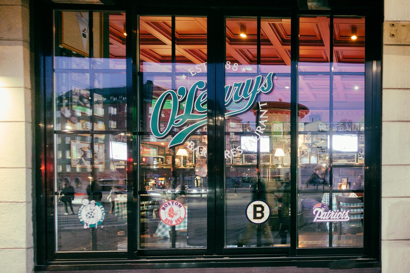 O'Learys Sports Bar