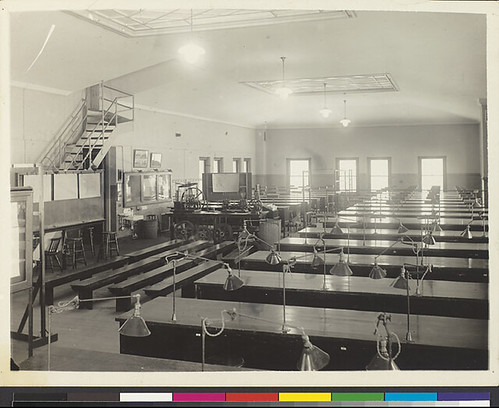 drafting_room_interior_1920