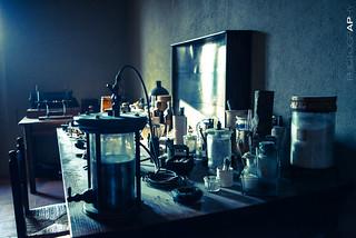Marconi's Desk