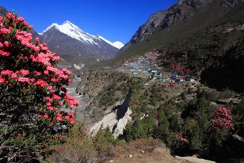 nepal everest thame sagarmatha thamo