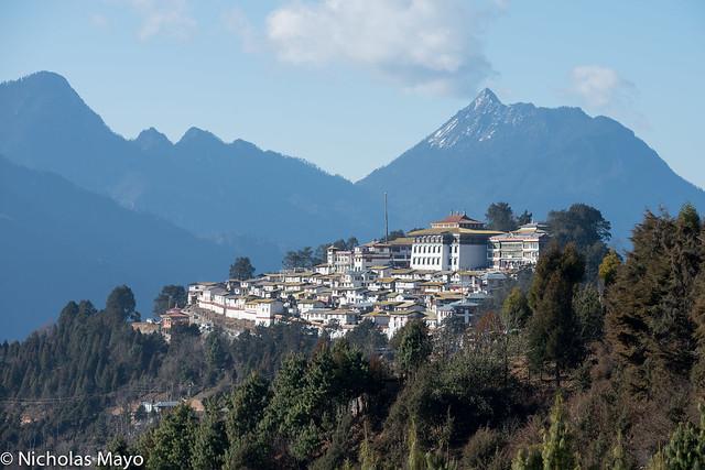 Galden Namgyal Lhatse Monastery