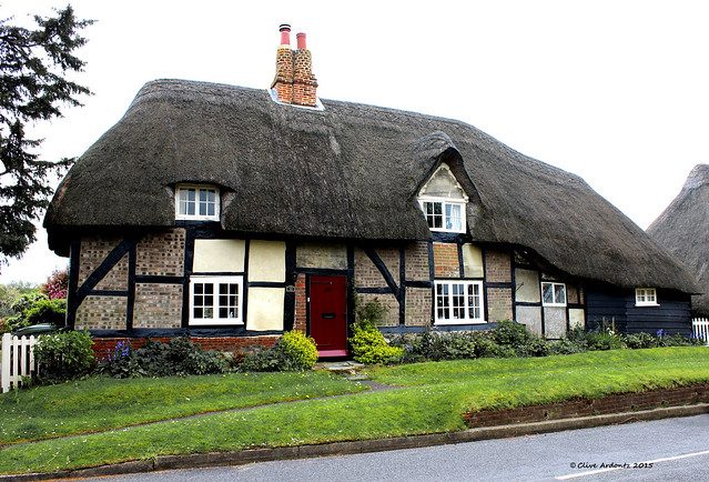 Thatched Cottage - Southwick, Hampshire