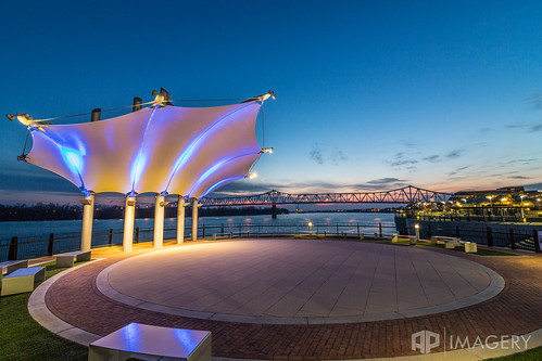 bridge blue sunset downtown kentucky ky glover pavilion canopy cary owensboro batwing smotherspark