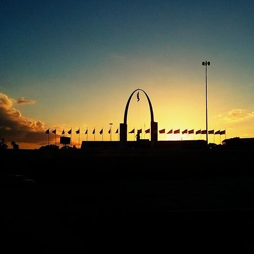 sunset sky beautiful clouds santodomingo uploaded:by=flickstagram instagram:photo=5944983601736602479933329 instagram:venuename=plazadelabandera instagram:venue=1765307