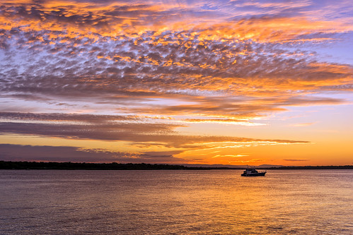sunset sea sky water weather clouds boats bribie sunsetsandsunrisesgold cloudsstormssunsetssunrises