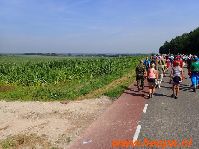 2016-07-21   3e  dag Nijmegen   40 Km  (74)
