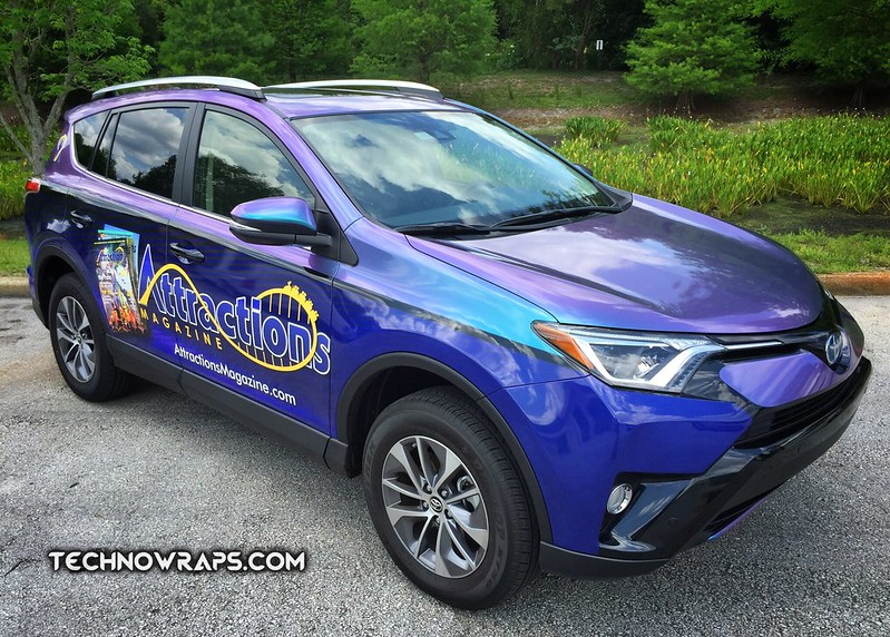 Vinyl car wrap in Orlando by TechnoSigns